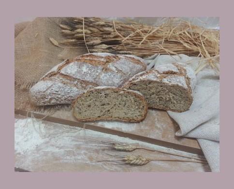 Pan cullera. Pan con cereales