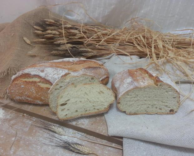 Pan Parroquia. Pieza de corteza crujiente apto para cualquier plato