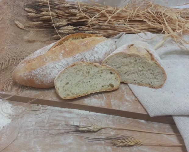 Pan de Espelta. Pan rústico con harina de espelta