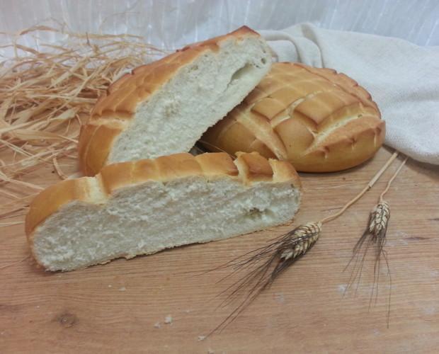Pan de Granada. La variedad más tierna del pan andaluz