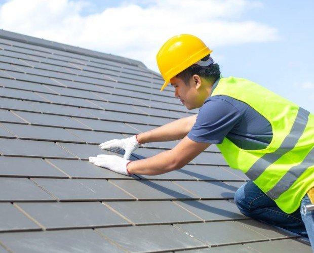 Constructoras.Trabajos de fachada, aislamientos, exteriores, jardines, piscinas, etc