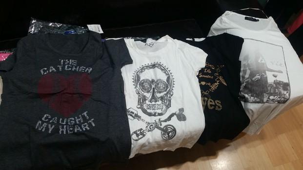 Camisetas. Para hombres y mujeres