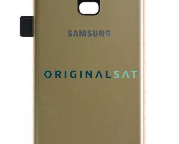 Tapa trasera original Samsung A8. Repuesto original color dorado