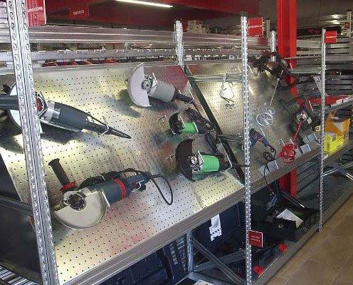 Expositores de herramientas. Tenemos accesorios para la perfecta colocación de los productos
