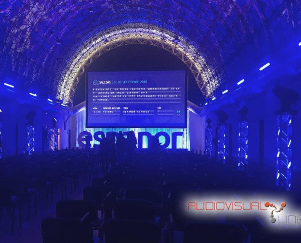 Alquiler de Equipo Audiovisual.En evento de Espanor