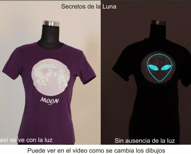Camisetas Estampadas de Mujer.Secretos de la Luna. La Luna tiene muchos secretos unos de esto es Ese.
