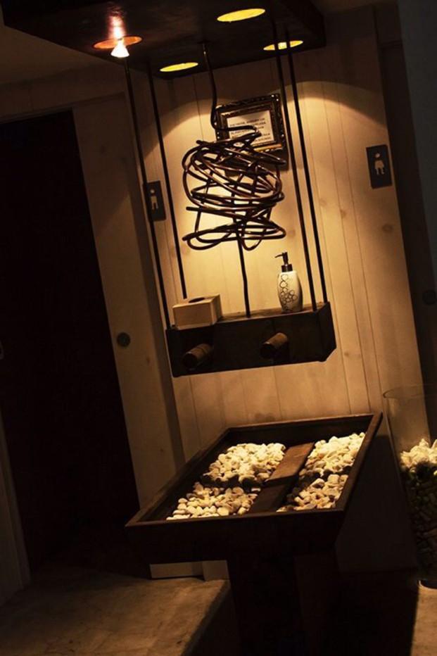Aseo restaurante. Diseño de interiores