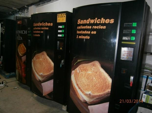 Máquinas sandwiches. Expendedoras de comida caliente
