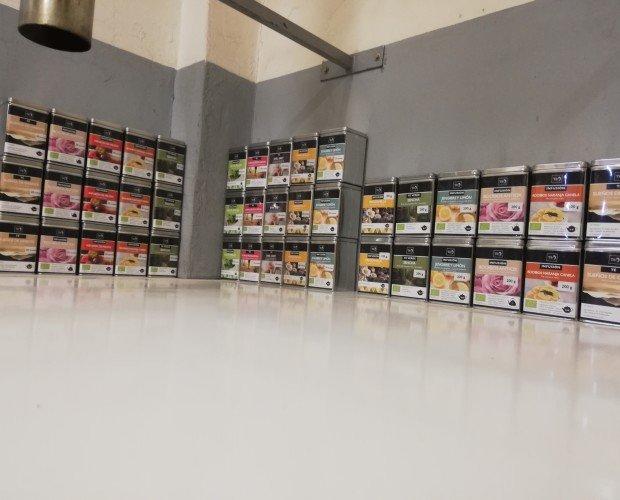 Nuestros almacenes. Gran variedad infusiones ecologicas Para tomar Frías y calientes