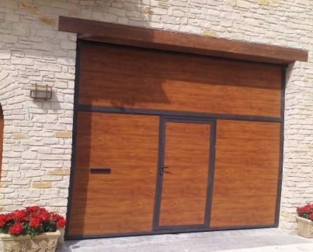 Puerta. Fabricación de puertas, persianas y carpintería metálica