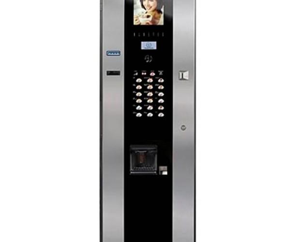 Instalación de Máquinas de Bebidas para Vending.Un modelo de máquina super automática para bebidas calientes, como café, chocolate y té
