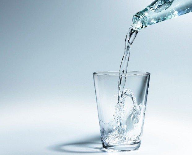 PH hasta 8,2. Agua fuertemente alcalina