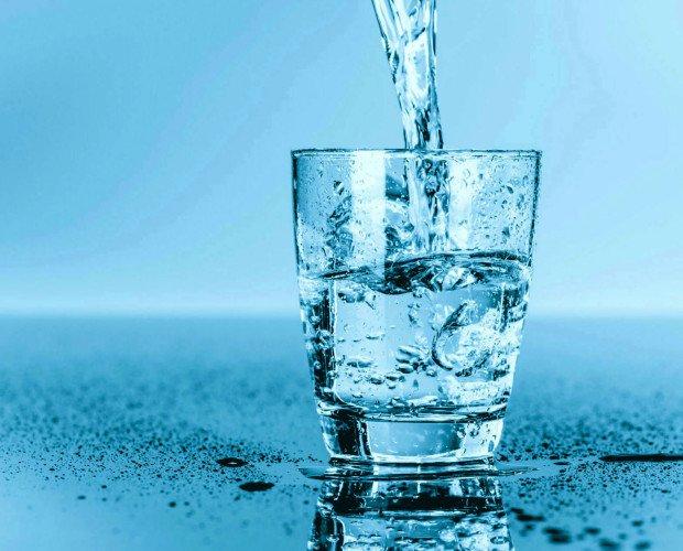 Agua con Ácido Silicio. Con efecto directo sobre la función cardíaca