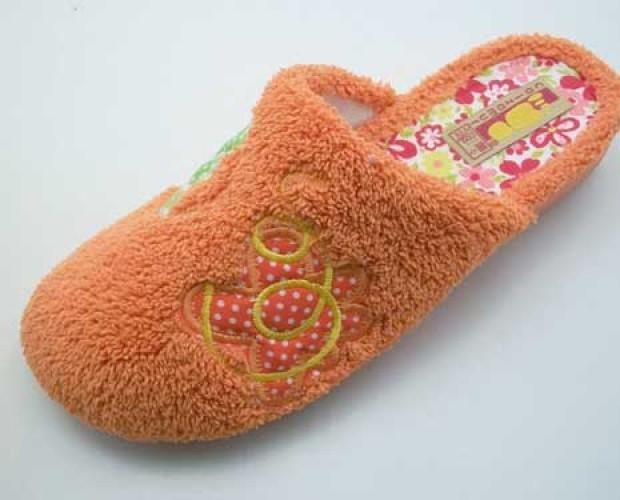 Calzado de Mujer. Zapatillas de Casa de Mujer. zapatillas