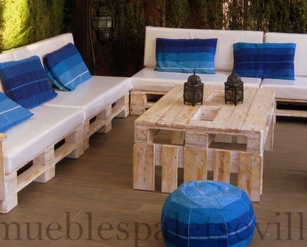Mobiliario de Exterior.Mobiliario de terraza hecho con palet