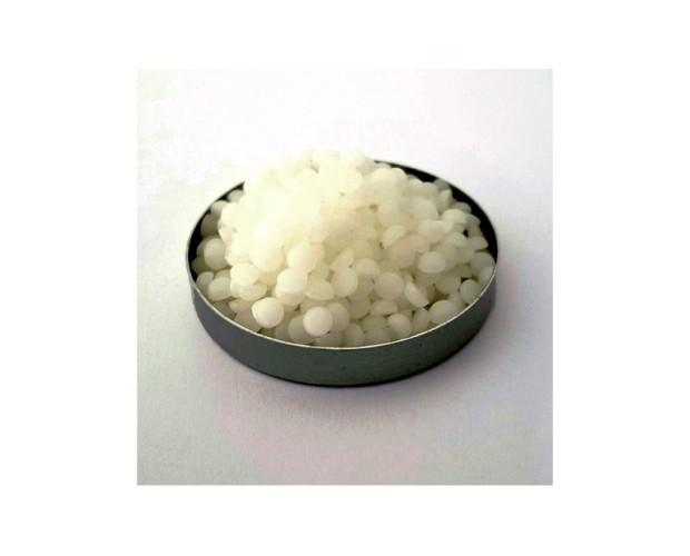Plantasens Natural Emulsifier HP30. Es un autoemulsionante 100 % natural, permitido para utilizar en cosmética natural.
