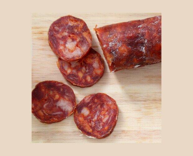 Chorizo Ibérico. Fino chorizo artesanal en paquetes individuales de 300g.