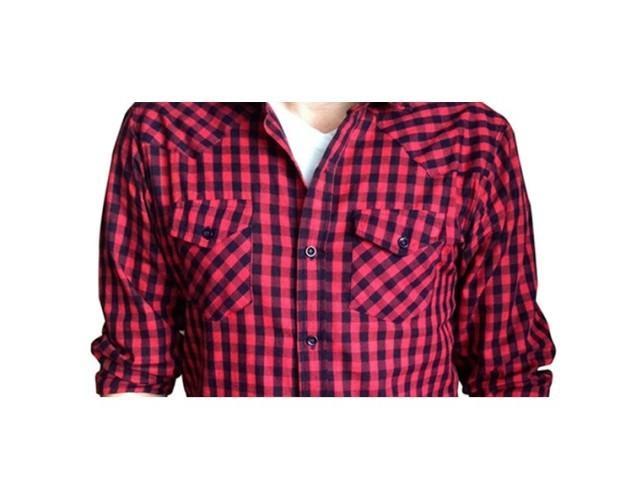 Camisas de cuadros. Camisas de mujer en diseño de cuadros rojos
