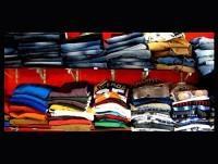 Camisetas y tejanos