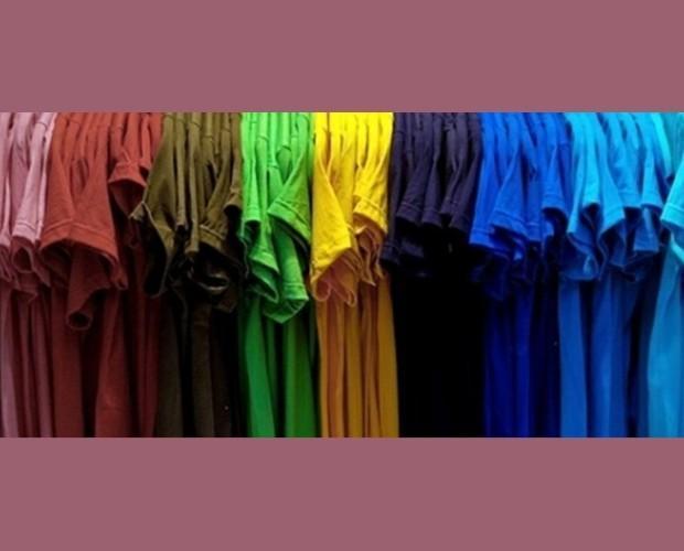 Camisetas. Camisetas en varios colores