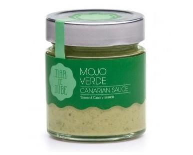 Mono verde. Es ideal para utilizarlo como aderezo de las papas arrugadas