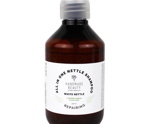 Shampoo de Ortiga. Shampoo con extractos de plantas y Aceites. Un producto perfecto para poner en las duchas de cabina y de gimnasios. Tamaño 250 ml y 500 ml...