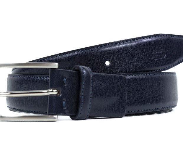 Cinturones.Fabricado en cuero