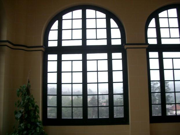 Instaladores de Ventanas.Restauración de ventanales clásicos