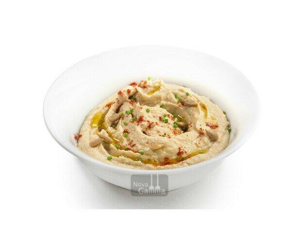 Hummus de Garbanzos y Pipas. Un plato vegetariano con múltiples opciones; como tapa, entrante o guarnición