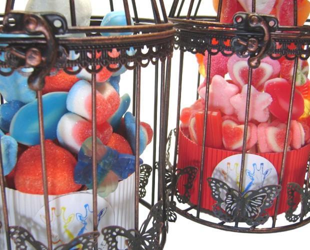 Gominolas.Preciosas jaulas vintage para decoración.