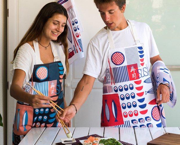Textil del Hogar. Paños de Cocina para el Hogar. Delantal Sushi, diseño propio, alta calidad