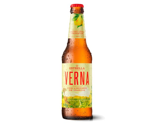 Cerveza con Alcohol. Botellas de Cerveza con Alcohol. Una clara con limones de Murcia