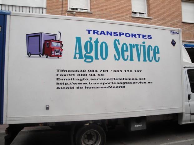 Moderna flota. Contamos con vehículos modernos para la entrega de su mercancía de forma rápida y eficiente.