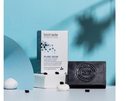 Pure Skin Jabón Negro. Está diseñado para pieles con puntos negros y poros dilatados
