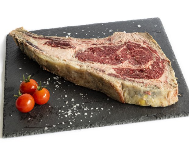 Chuletón De Vaca Pinta. Es una carne sabrosa, con mucha veta de grasa infiltrada