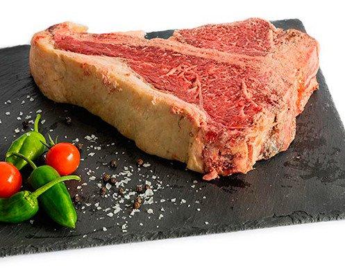 T-Bon de Vaca Pinta de Cantabria. Todos nuestros chuleteros son de vaca vieja (6-8 años mínimo)