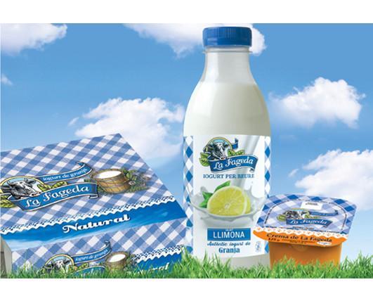 Yogur.Elaborado con los mejores ingredientes