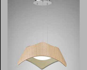 Lámpara Maui. Está hecha de polímero madera.
