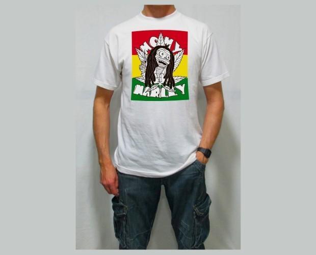 Momy Marley. Camiseta de hombre blanca