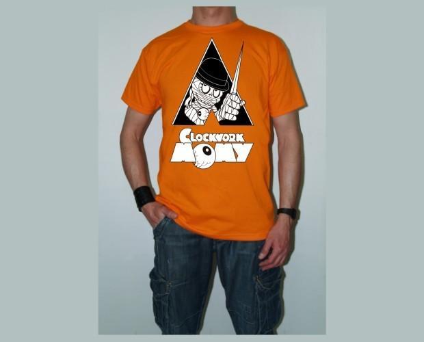 Clockwork Momy. Camiseta de hombre naranja