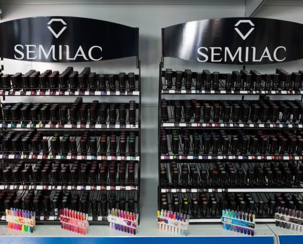 Semilac. Cosmetología para profesionales y particulares