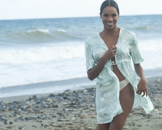 Vestido Beachwear. Tela personalizada. Fabricad en España. Precio: 20€.