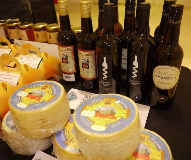 Nuestros productos. Vinos y quesos monásticos que vendemos.