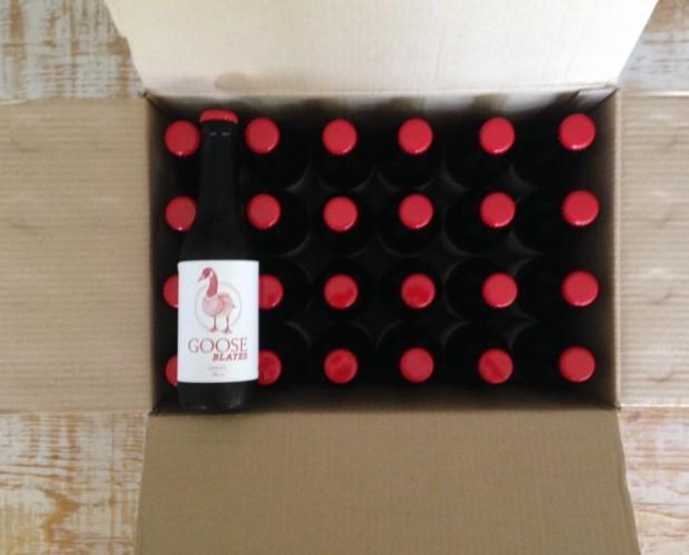 Caja de Cerveza Goose Blates. Con mucho cuerpo