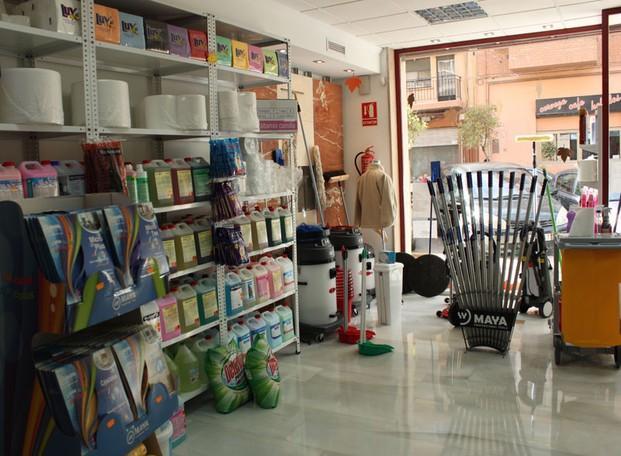 Productos de limpieza. Amplia gama de productos a su disposición
