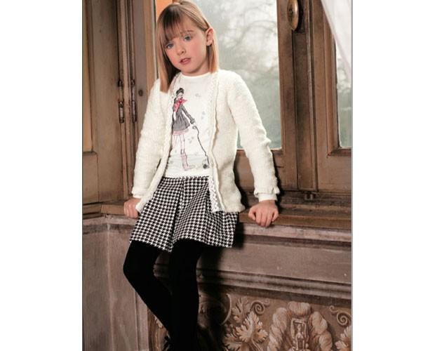 Conjunto para niña con falda. Chaquetas y falda Colección 15-16