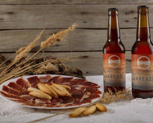 Arrebol con jamón ibérico. Maridaje de cerveza Arrebol de Treshumantes con jamón ibérico.