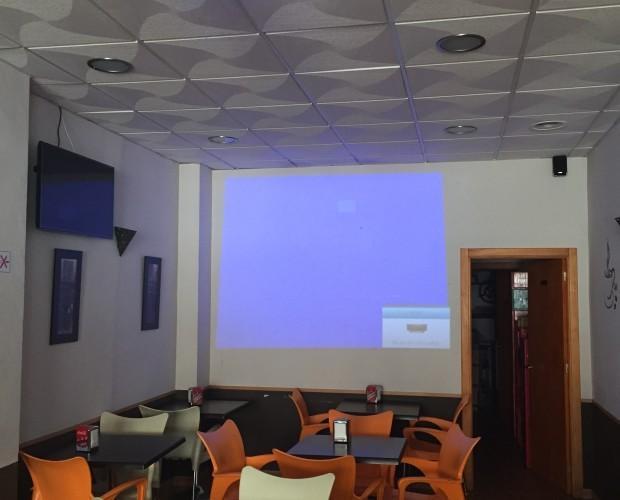 Electrodomésticos. Instalación de proyectores para salas