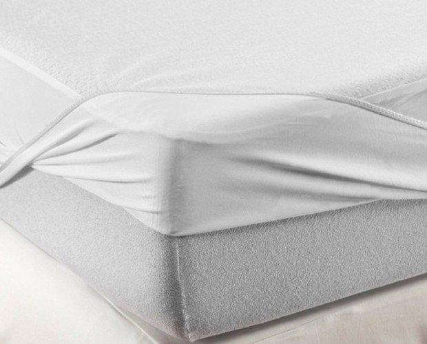 Protector de colchón para geriatria. Disponible en varios gramajes y composiciones