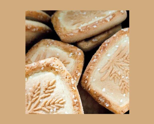 Galletas Cookies. Crujiente y dulce, con un interior ligeramente más tierno